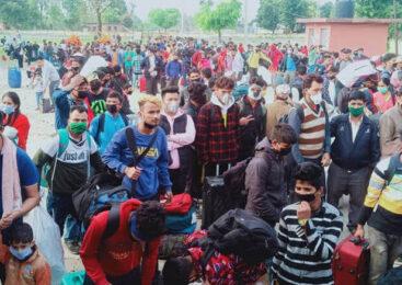 भारतमा कोरोना बढे पछी नेपाल आउने भारतीयको भिड